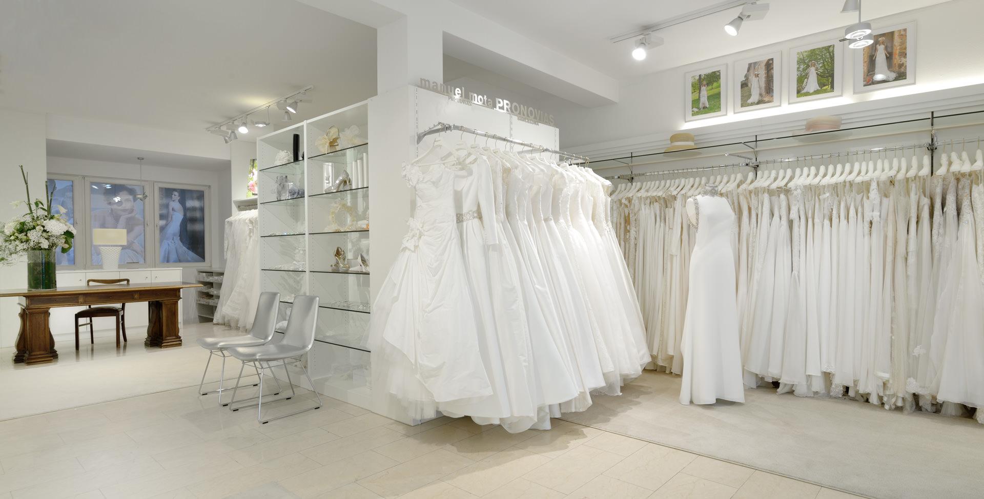 Brautgalerie München | Brautmode Geschäft München - Brautkleider ...